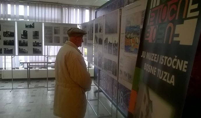 danas-07-11-2016-godine-u-skupstini-grada-brcko-otvorena-je-izlozba-muzeja-i.jpg