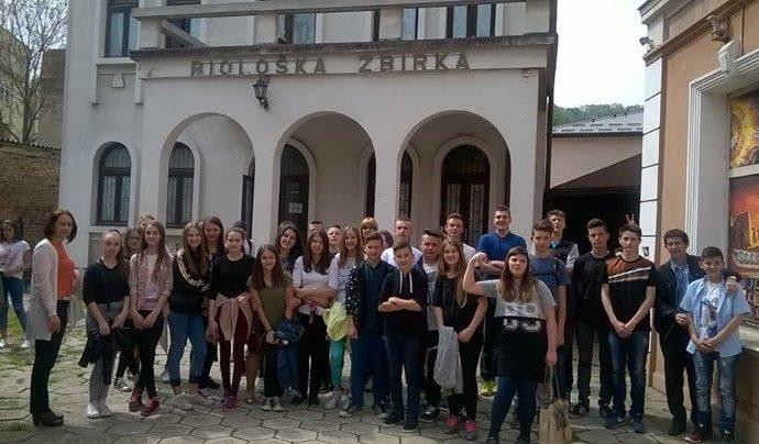 ju-muzej-istocne-bosne-tuzla-added-10-new-photos-to-the-album-posjeta-ucenika-p.jpg
