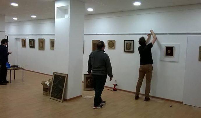 pripreme-u-toku-za-medunarodni-dan-i-noc-muzeja-postavljanje-izlozbe.jpg